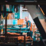 作業員が「いつ・どこにいるか」丸わかり!IoTがもたらす工場・倉庫の業務改革