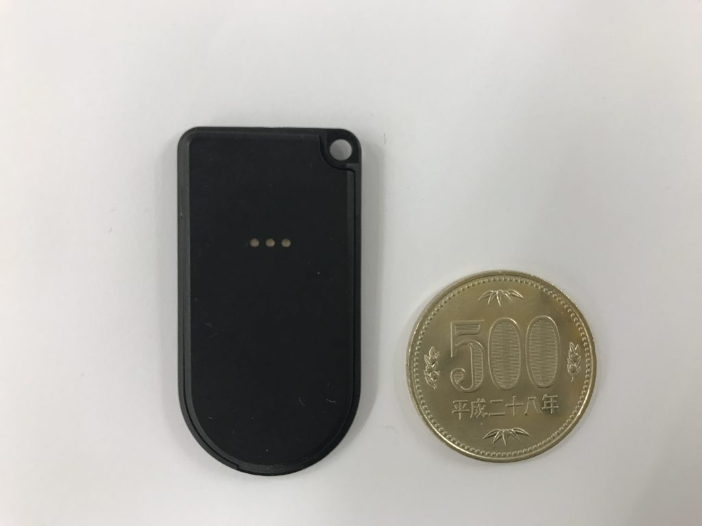 FCS1301と500円玉の比較画像