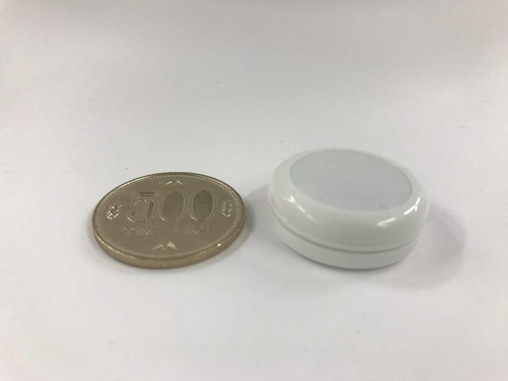 Beacon-02(Micro Beacon)と500円玉の比較2
