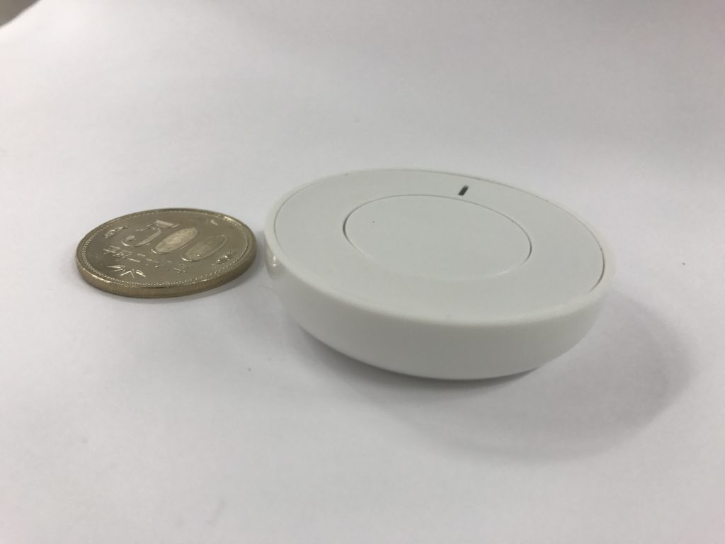 BTN01と500円玉の比較画像2